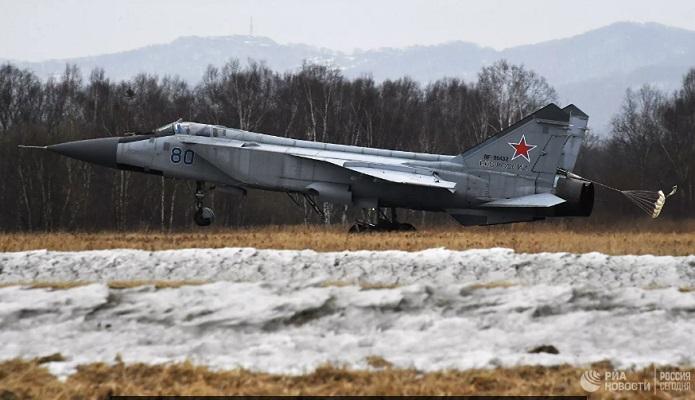 На базе МиГ–31 создадут перспективный дальний перехватчик