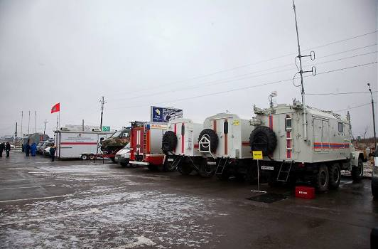 В ожидании морозов МЧС РФ подготовило более 100 пунктов обогрева для водителей