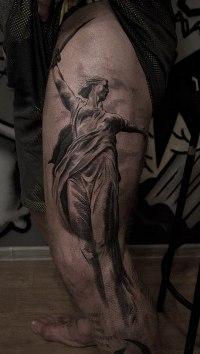 Американский боец Джефф Монсон сделал татуировку с изображением Родины-Матери