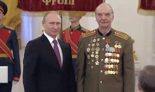 Наш земляк участник Сталинградской битвы Владимир Ананьев награжден президентом медалью «70 лет Победы в Великой Отечественной войне 1941-1945 годов»