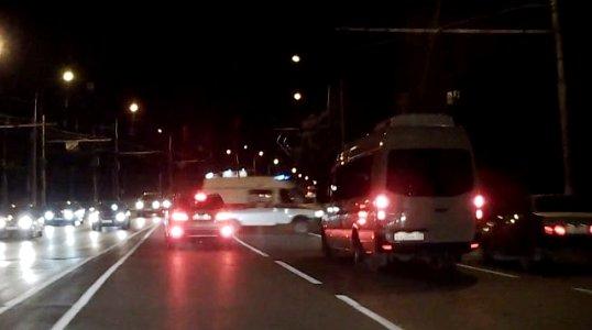 Машины скорой помощи смогут таранить автомобили