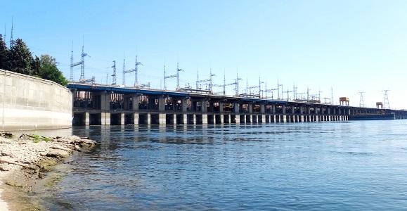 С 21 июля Волжская ГЭС увеличила сброс воды до 5500 кубометров