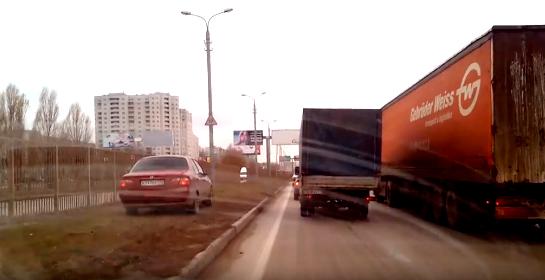Сегодня в Волгограде дальнобойщики блокировали 3 продольную - водители выступают против платы за проезд на федтрассах