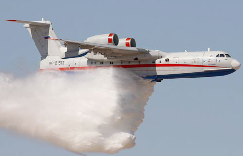 Ситуация с пожарами в Волгоградской области - МЧС РФ перебрасывает в регион самолёт Бе-200 и вертолёт МИ-8