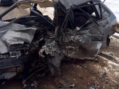 На трассе «Волгоград – Астрахань» в результате автомобильной аварии погибли 2 человека