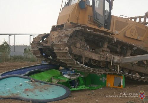 В Волжском уничтожены игровые аппараты и покерные столы
