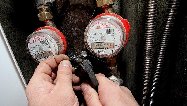 Компании, которые устанавливают водо-, тепло-, электросчетчики и другие приборы в домах, будут нести ответственность за то, как они работают