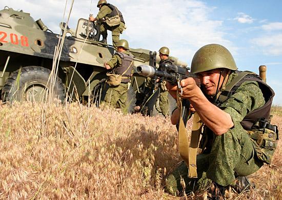 Более 400 военнослужащих по контракту в текущем году пополнили соединение ЮВО дислоцированное в Волгограде